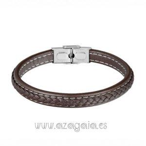Pulsera cuero trenzado plano color marrón costuras blancas cierre acero
