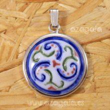 Colgante trisquel plata 925 y porcelana-Artesanía de Galicia-