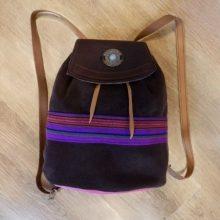 REBAJAS-Bolso mochila cuero marrón artesanía de galicia