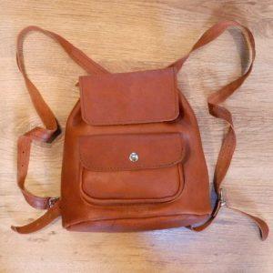 REBAJAS-Bolso mochila cuero marrón teja