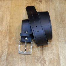 Cinturón cuero color negro