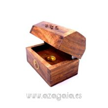 Incensario quemador conos e incienso en madera baúl